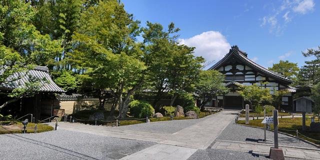 新緑の高台寺 庫裏