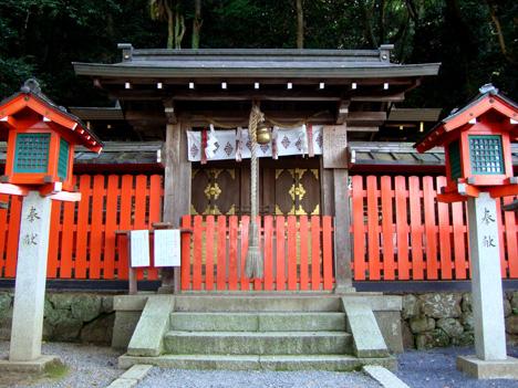 櫟谷宗像神社の本社
