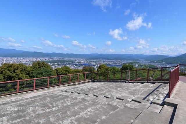 将軍塚大日堂の展望台