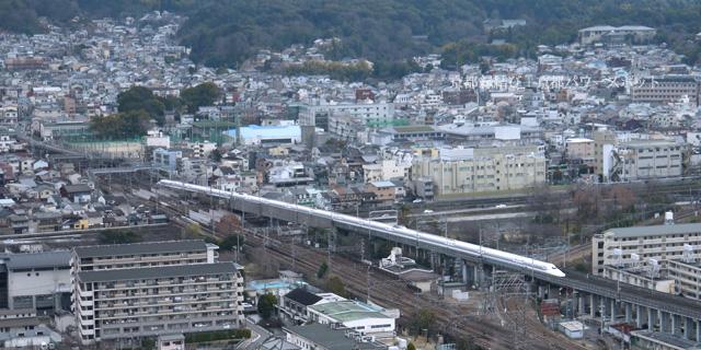 京都タワーから新幹線